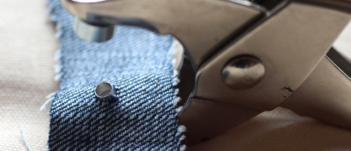 How To Put Eyelets In Fabric: A Step by Step Tutorial - The